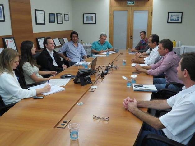 Reunião com a  Foz do Brasil em Limeira (SP).